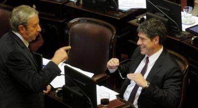 El plan hipotecario de Cobos se aprobó con sólo 48 votos, porque los kirchneristas se fueron