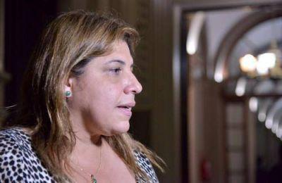 Duras acusaciones contra Sandra Paris