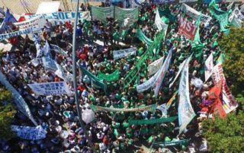 Marcha de ATE, judiciales, médicos y docentes bonaerenses
