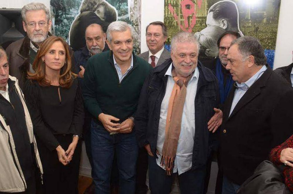 Julián Domínguez visitó La Plata e inauguró la