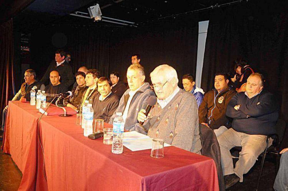 Gremios de la dividida CGT local convocan a una movilización ciudadana
