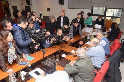 Verna reafirmó que podría sacarle la distribución de gas a Camuzzi