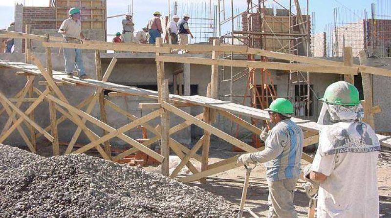 """""""Gracias a la inversión privada hay trabajo en la construcción"""""""