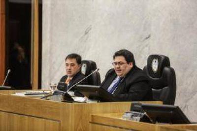 El oficialismo se levantó a almorzar y la oposición le ganó una votación impensada