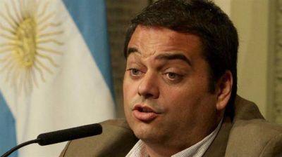 Tras el veto de Macri, siguen los cruces por la ley antidespidos: el Gobierno pide