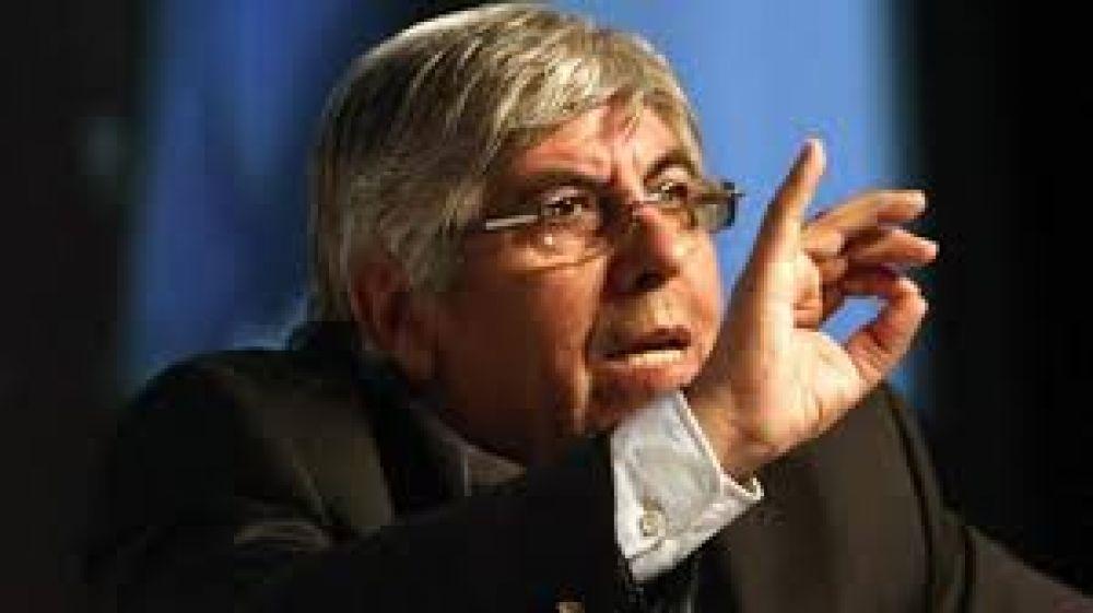 Moyano volvió a postergar una respuesta al veto de Macri