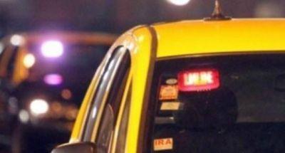 Proponen una aplicación de gestión municipal para solicitar los taxis