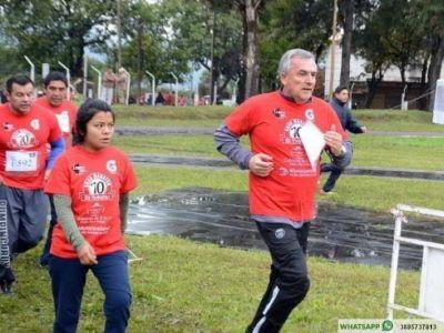 Gerardo Morales participó en la maratón del diario El Tribuno de Jujuy