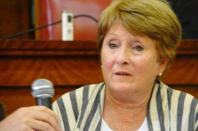 Municipales le piden a Arroyo que aparte del cargo a la secretaria de Educaci�n