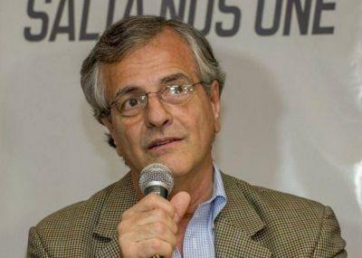 Durand Cornejo le reclamó al embajador de Bolivia por la carga de combustible
