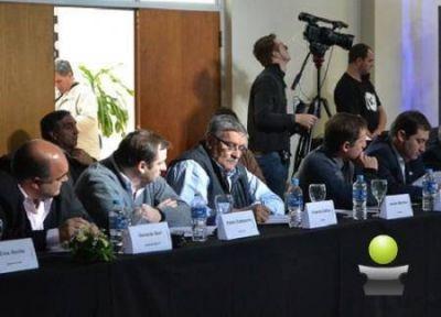 VICENTE DE GATICA EN EL FORO DE INTENDENTE DE CAMBIEMOS REUNIDO CON EL MINISTRO RITONDO