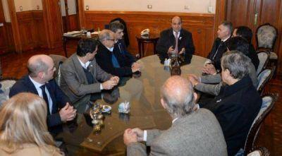Por el Bicentenario Manzur se reunió con ministros