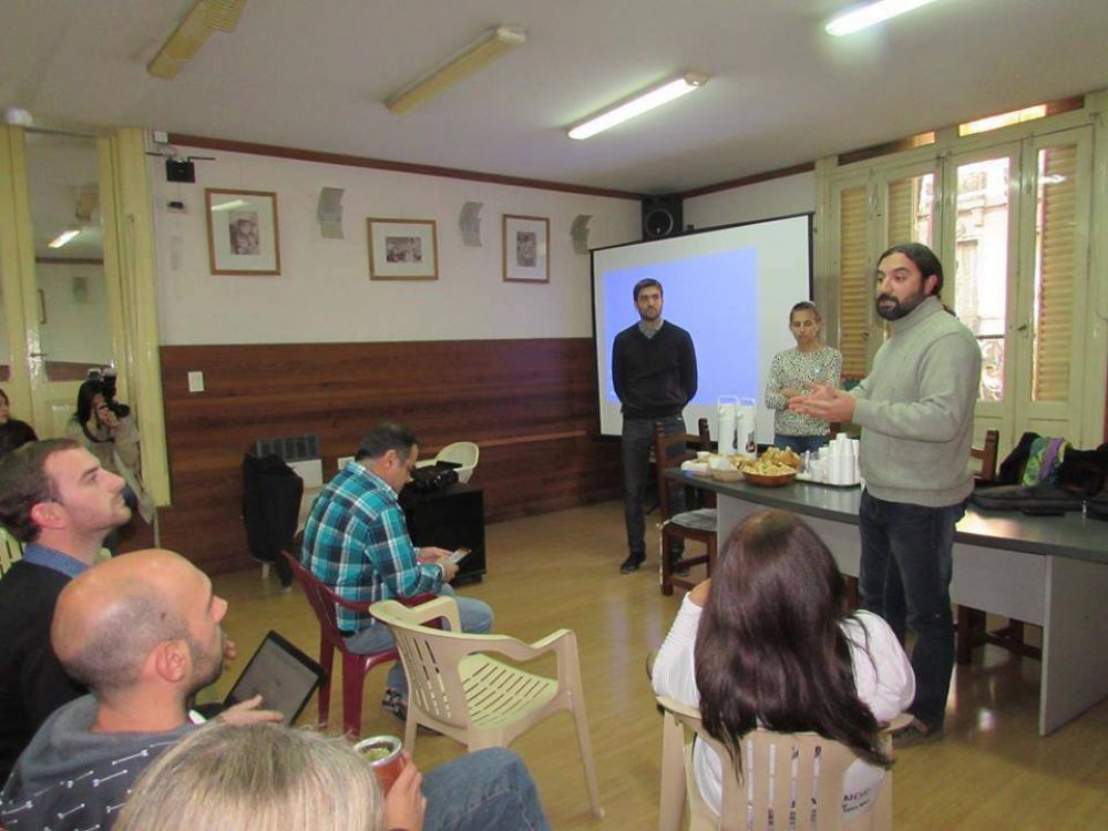 Se realizó una reunión informativa en Agmer sobre el sistema digital de recibo de haberes