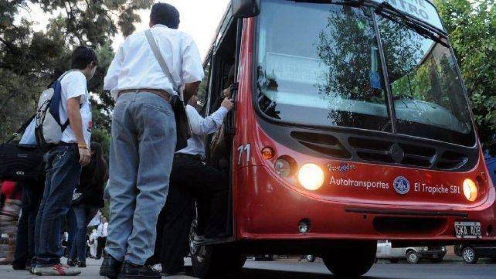 Choferes de colectivos acordaron en paritaria un básico de 22 mil pesos