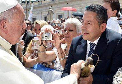 Intendentes peronistas participar�n de la audiencia p�blica del Papa