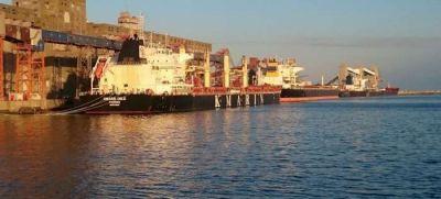 Comenzaron los trabajos de dragado en el Puerto de Quequén