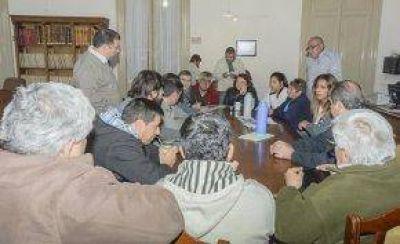 El Ejecutivo suspendió la reunión para conformar la comisión vial rural
