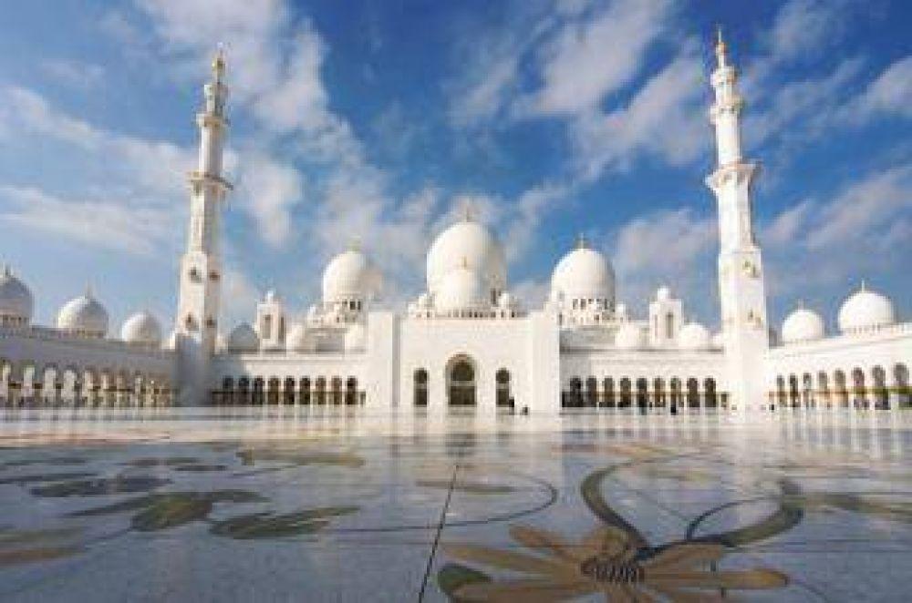 Mezquita Sheikh Zayed, de Abu Dhabi, uno de los lugares más populares del mundo