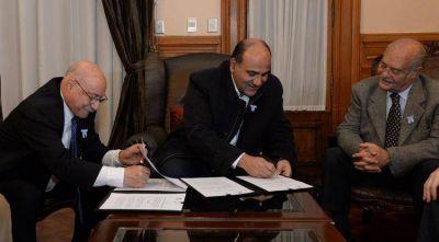 Manzur firmó acuerdos con el Consejo Federal de Inversiones por más de 50 millones de pesos
