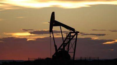 El petróleo se recupera y supera los 50 dólares