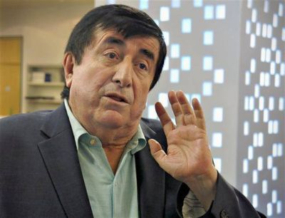 Dur�n Barba dijo que no asesora al Presidente, pero le aconsej� alejarse del peronismo