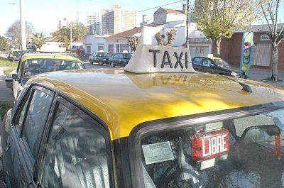El Concejo decidi� que la bajada de bandera en taxis pase a $21,60