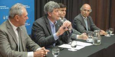 Buryaile anunció línea de créditos para productores en Emergencia Agropecuaria