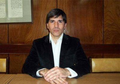 Iván Villegas continuará al frente del Colegio de Farmacéuticos