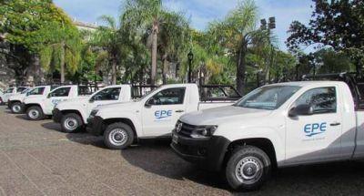 Entregan 48 nuevos vehículos a la EPE para la atención del servicio