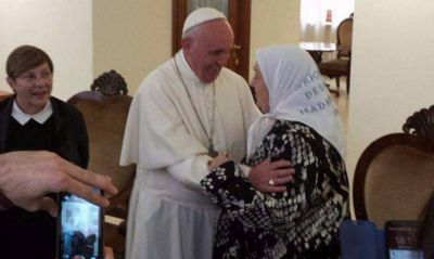 En su año de la misericordia, Bergoglio no tendrá piedad con Macri
