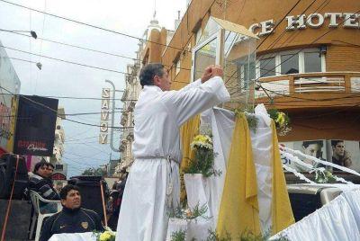 Emotivas muestras de fe en la celebración del Corpus Christi