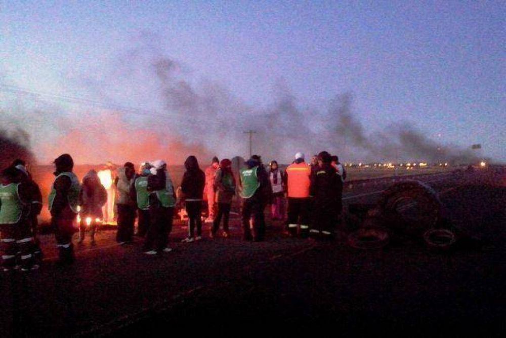Trabajadores viales cortaron Ruta N°3 y Chimen Aike