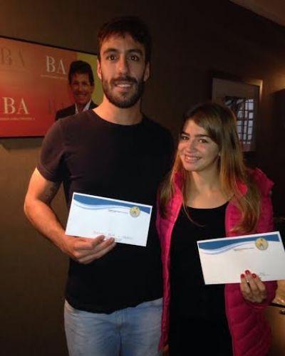 Desde su fundación, Juan Curuchet entregó becas a deportistas marplatenses