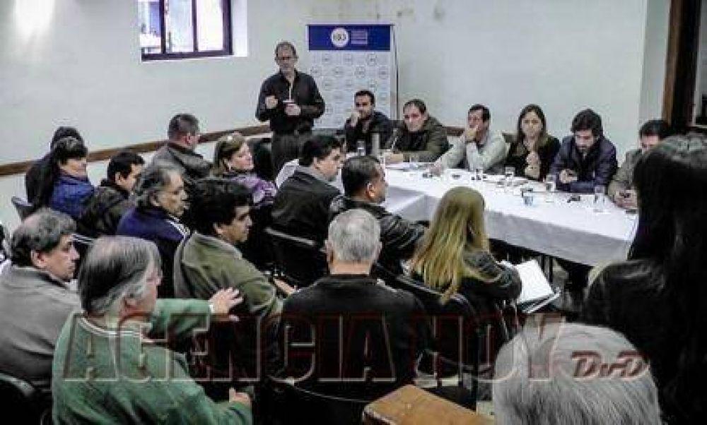 """Velázquez sobre el boleto obrero: """"Queremos aprobar una ordenanza que sea aplicable"""""""