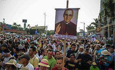 Primer aniversario de la beatificación de monseñor Óscar Arnulfo Romero Galdámez