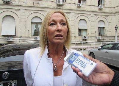 Mónica López le impone funcionarios con prontuario a Mariu Vidal