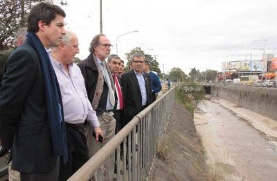 Funcionarios nacionales recorrieron las márgenes del deteriorado canal Sur