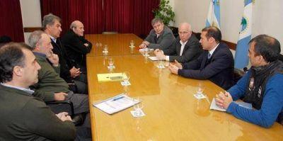 Guti�rrez se reuni� con ACIPAN y la Asociaci�n Hotelera