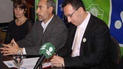 Maderna firm� convenio con la Universidad �San Juan Bosco�
