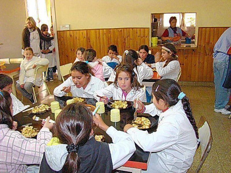 Suteba afirma que m�s colegios piden integrarse al sistema de comedor escolar