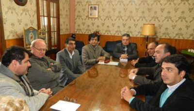 Senadores se reunieron con el Obispo por el Día del Milagro