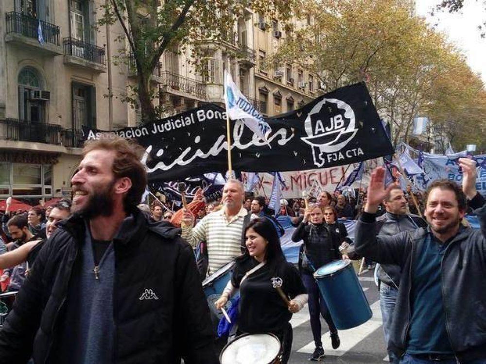Acuerdo con judiciales tras más de 100 días de conflicto salarial