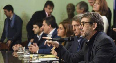 Con fuertes críticas a Vidal, el massismo presentó un paquete de proyectos de ley antisecuestros