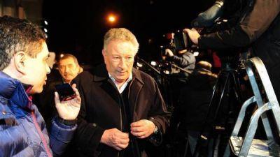 Segura denuncia ante Conmebol y FIFA que el Gobierno intervino la AFA