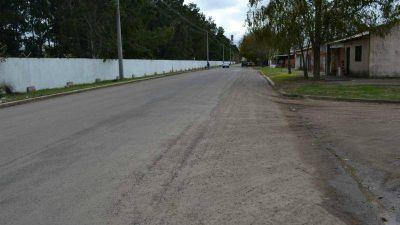 Llega el pavimento a barrio Astul Urquiaga