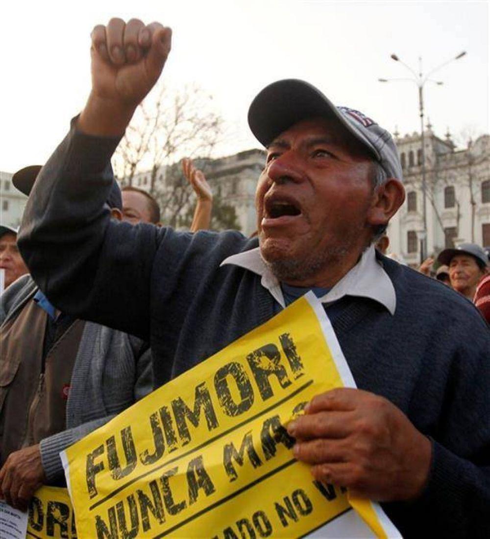 Keiko y Kuczynski, en un furioso final de campaña en Perú