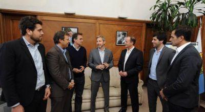 Ultimatum de los intendentes del Conurbano, que preparan una cautelar colectiva por el tarifazo