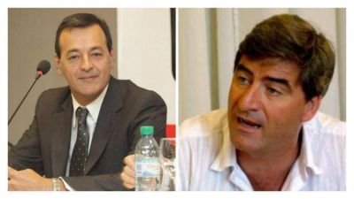 Duro cruce entre Javier Mor Roig y Sergio Panella