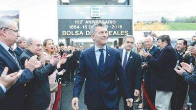 Reforma tributaria y laboral: Macri quiere discutir impuestos provinciales y convenios colectivos