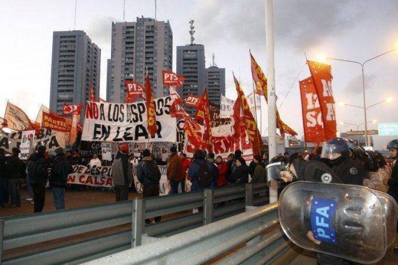 Trabajadores despedidos cortarán Panamericana para exigir reincorporación
